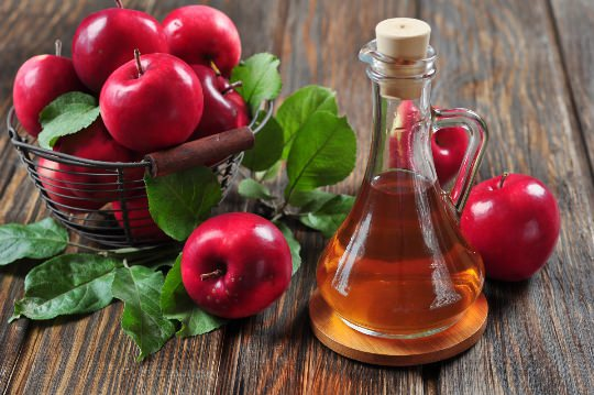 Use Apple Cider Vinegar for Acne and Acne Scars Treatment