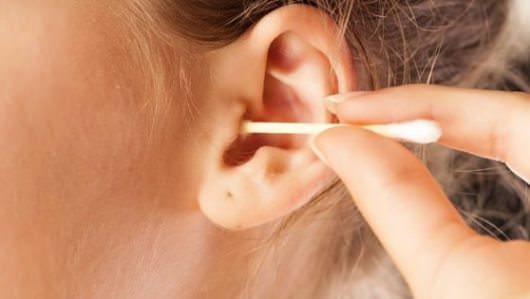 How to Clean Ears at Home using Home Remedies