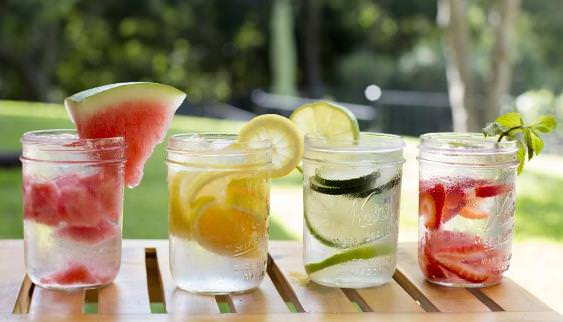 How to Make a Detox Drink to Lose Weight