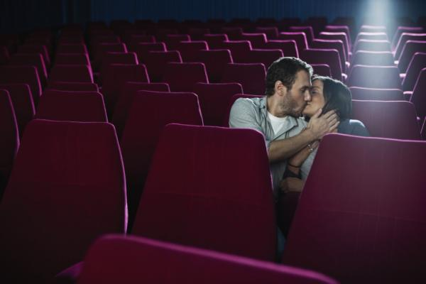How to Kiss a Girl at the Movie