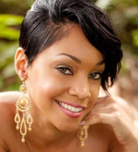 asymmetrical pixie short hairstyles for black women