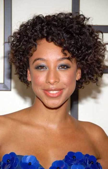 curled bob short hairstyles for black women