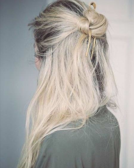 messy knot with waves blonde hairstyles
