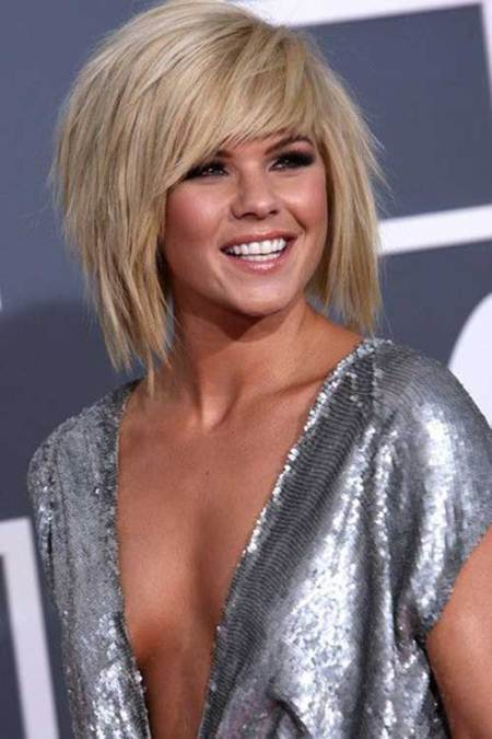 razored short bob haircuts with side bangs
