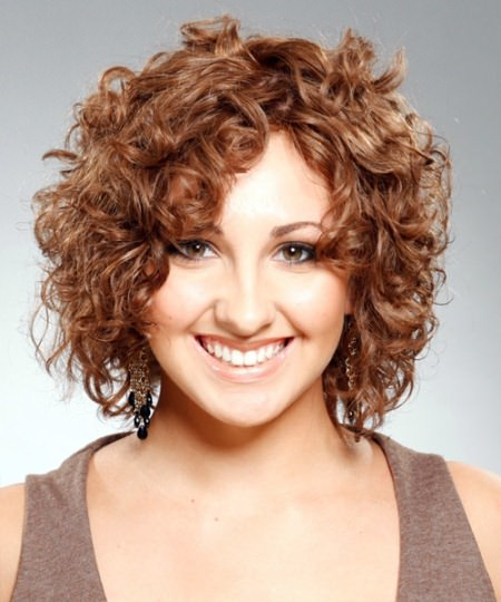 short layered haircuts with curls
