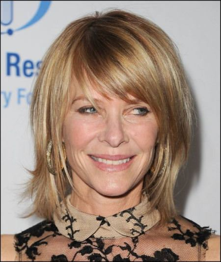 staright and side swept hairstyles for women over 40