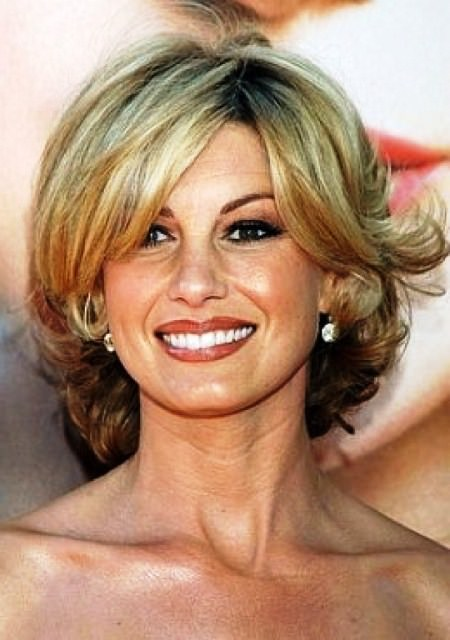 waterfall layers hairstyles for women over 40