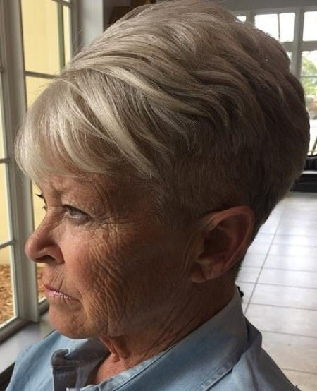 Perfect ash blonde pixie hairstyles for older women