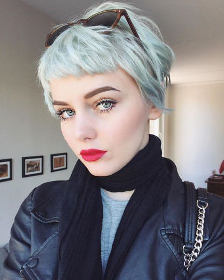 Sexy pastel pixie short haircuts for women