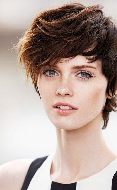 Short crop with colorful highlights short haircuts for women