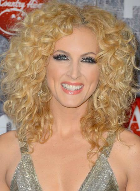 blonde curls with a middle part natural curly hairstyles