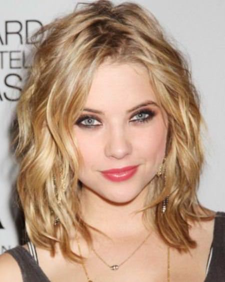 carefree medium waves hairstyles for thin hair