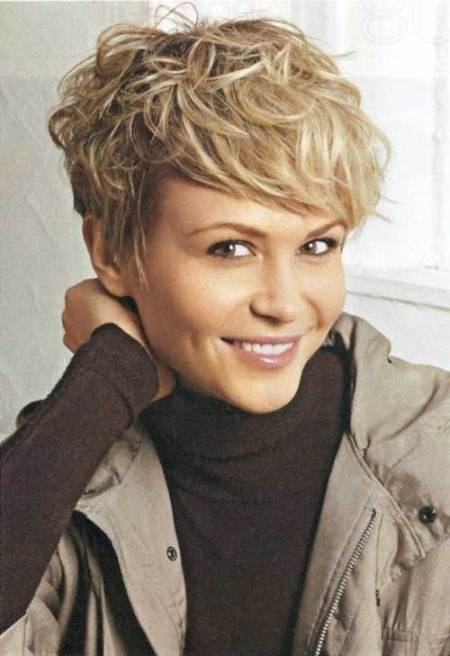 curly blonde pixie for fine hair short hairstyles for women