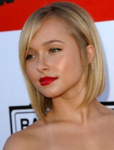 sleek and straight hairstyles for thin hair