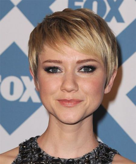 sweeping bangs short straight hairstyles