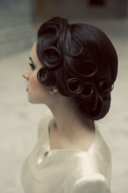 Awesome vintage updo for medium hair hairstyles for brides and bridesmaids