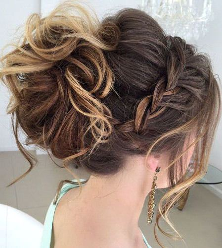 Messy bun with long side pieces updo bun hairstyles
