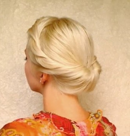 Tuck and roll Formal and classy bun hairstyles