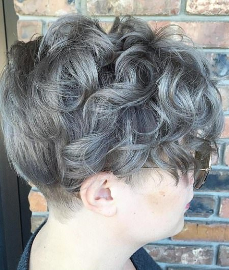 curly pixie gray hair trend