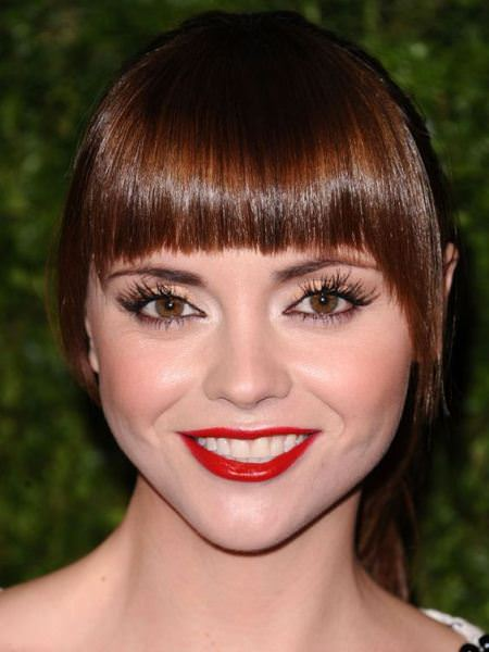 graphic bangs for round faces