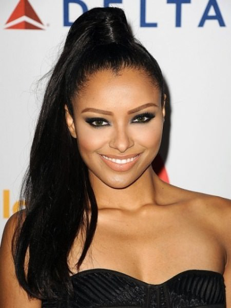 high and long ponytail frizz hairstyles