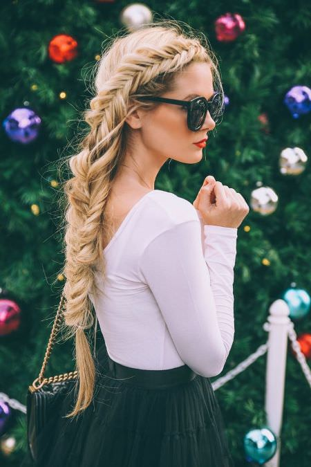 long careless tail Long Straight Hairstyles and Haircuts