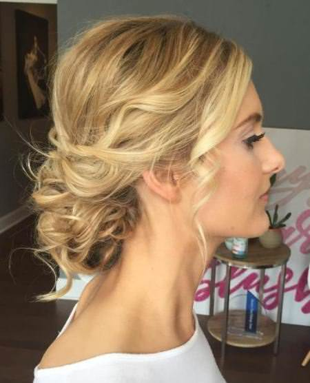 loosely curl bun iwth short and thin hair hairstyles bun hairstyles