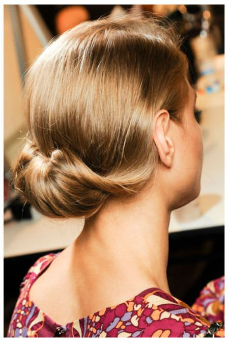 low rolled short hair buns
