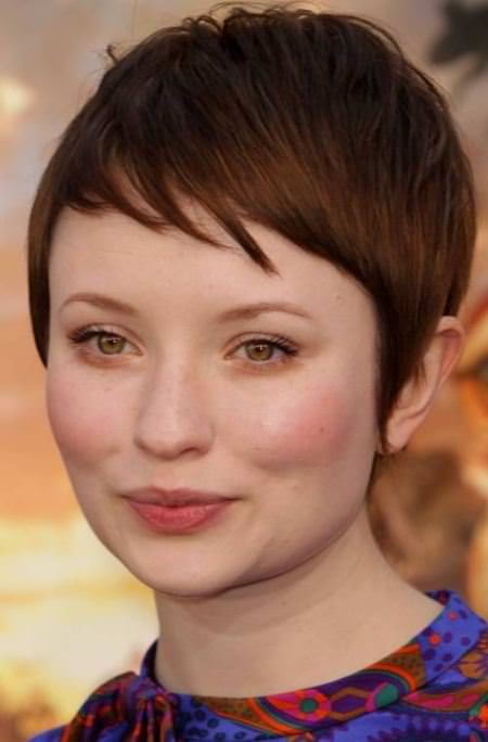 pixie style with short bangs for round faces