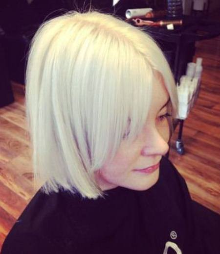 platinum blonde bob with side curtain bangs short fringe Hairstyles