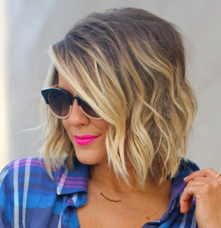 short blonde bob with soft waves short blonde hairstyles