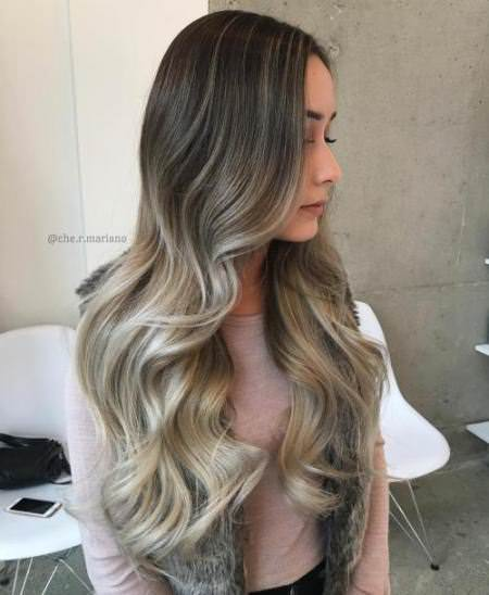 Two tonning color Ash blonde hair looks