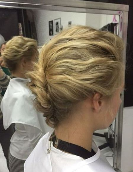 easy twist with shorter wavy hair french twist updos