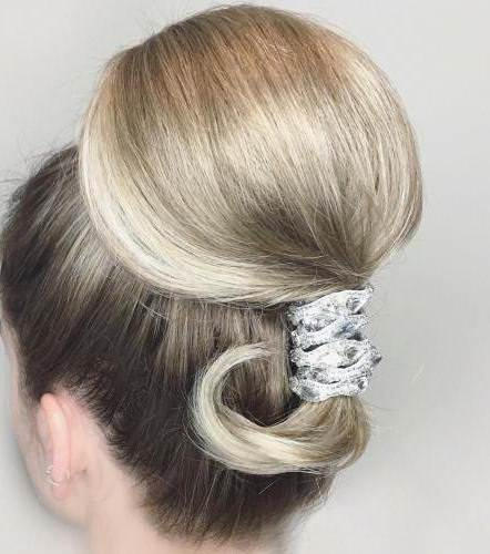 Bubble updo hairstyle iconic braid hairstyles