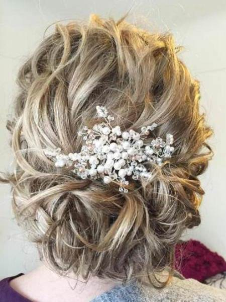 Curly bridal upod iconic braid hairstyles