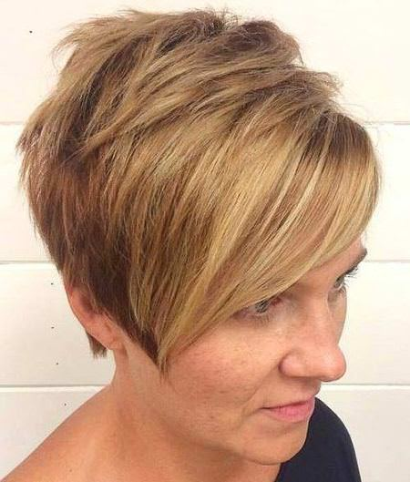 Grown Up party short blonde hairstyles and haircuts