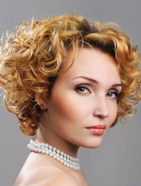 Voluminous curly hairstyle iconic braid hairstyles