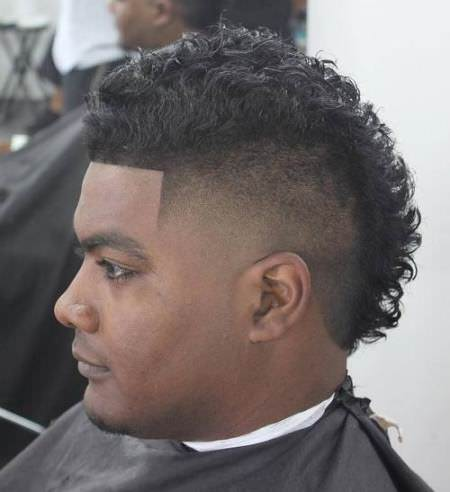 curly mohawk hairstyles for black men