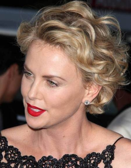 short blonde hairstyles and haircuts for curly hair